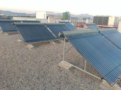 Producción de agua caliente con placas solares heat pipe