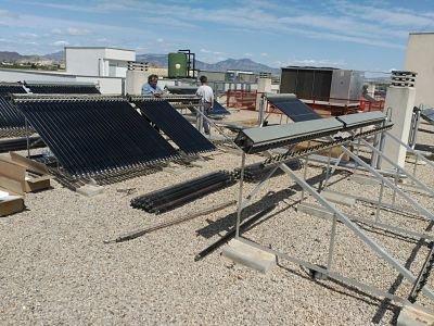 Reparación de instalación de placas solares tecnología tubo de vacío heat pipe para generación de agua caliente sanitaria