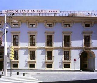 Hotel Arco de San Juan, Murcia, fachada.