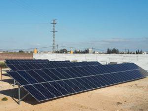 Módulos de energía solar fotovoltaica en Agropor-