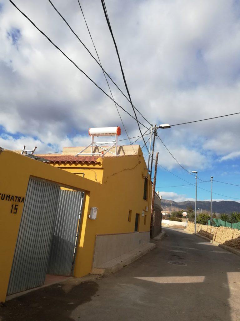 estructura de equipo termosifón de placas solares en Murcia