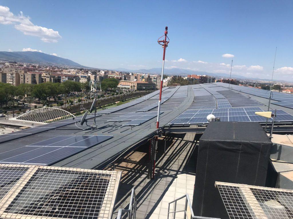 Vista aérea instalación solar Hospital Reina Sofía