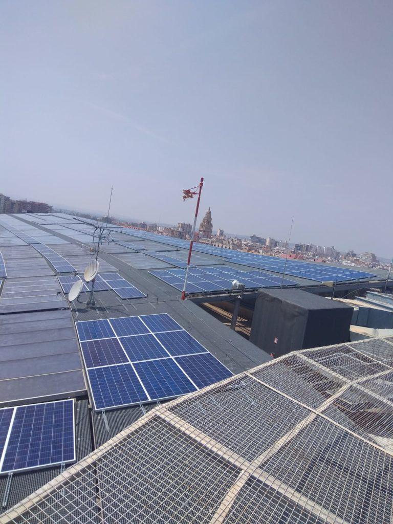 Cubierta Hospital Reina Sofís Murcia, con instalación solar fotovoltaica