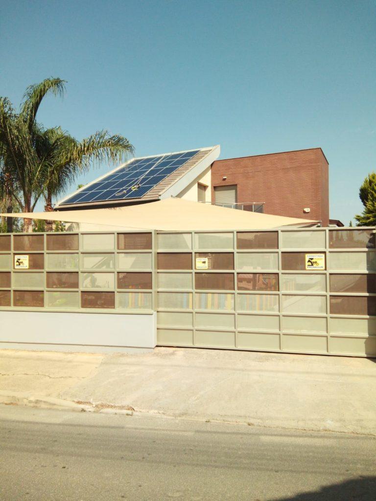 Medidas de seguridad instalación de placas solares autoconsumo en vivienda de Murcia