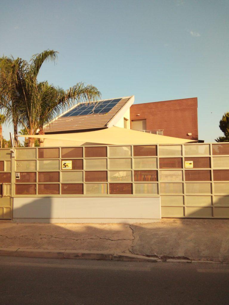 Montaje módulos solares fotovoltaica autoconsumo