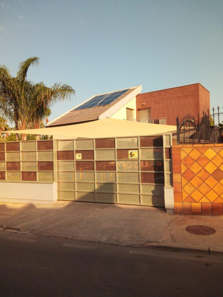 Proceso montaje instalación placas solares autoconsumo
